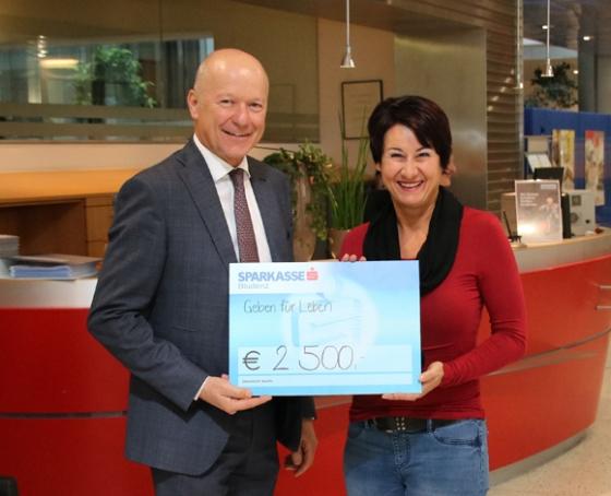€ 2.500,- von Sparkasse Bludenz