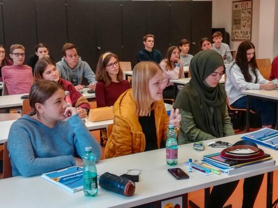 Vortrag mit kontaktloser Typisierungsaktion als Schulprojekt