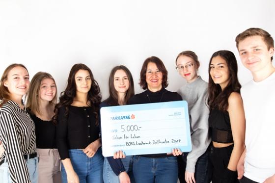 € 5.000,- nach Maturaballdes BORG Lauterach in Vorarlberg
