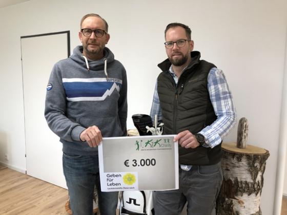 € 3.000,- vom KundK Charity Golfturnier