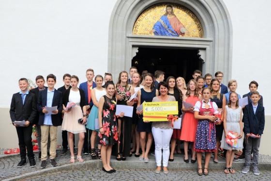 € 5.000,- von den Firmlingen in Braz - Vorarlberg