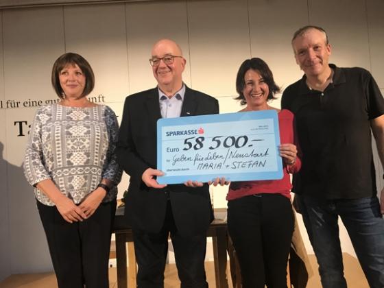 € 58.500,- von Maria Neuschmid und Stefan Vögel