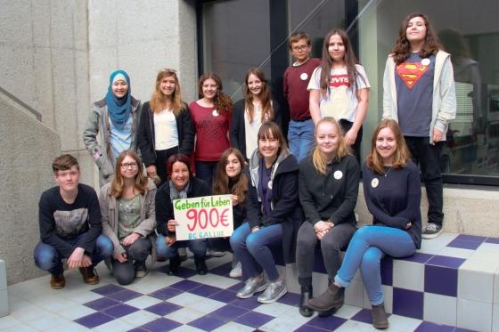 BG Gallus spendet € 900,- nach Kuchenverkauf