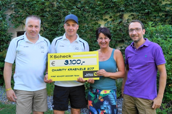 € 3.100,- durch traditionelles Charity Kränzle