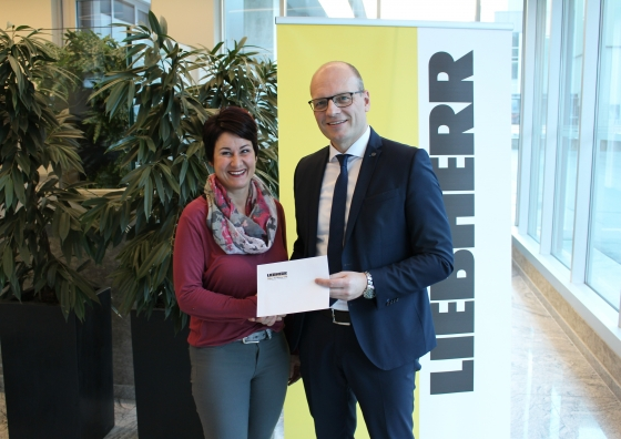 Liebherr-Werk Nenzing GmbH spendet € 1.000,-