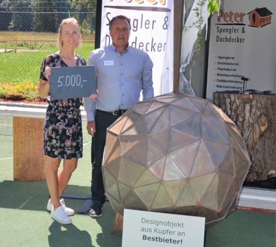 € 5.000,- von der Spenglerei & DachdeckereiPeter