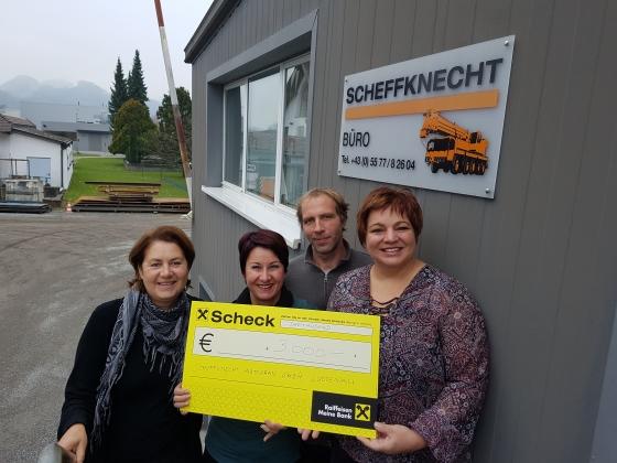 Scheffknecht Autokran spendet € 3.000,-