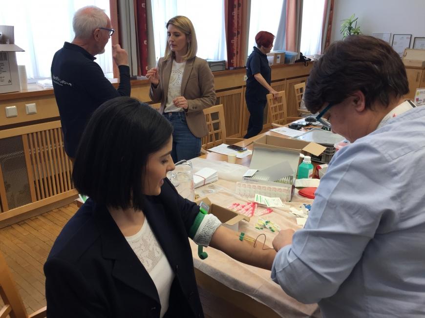 'Steirisches Unternehmen unterstützt MitarbeiterInnen-Typisierung für den guten Zweck'-Bild-5