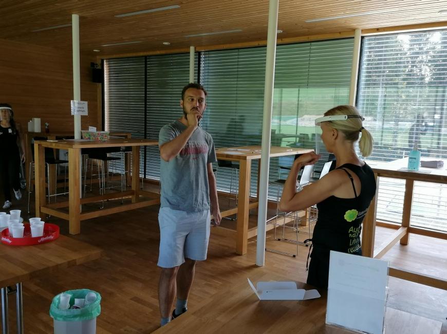'Sportler und Gäste helfen für den guten Zweck'-Bild-20