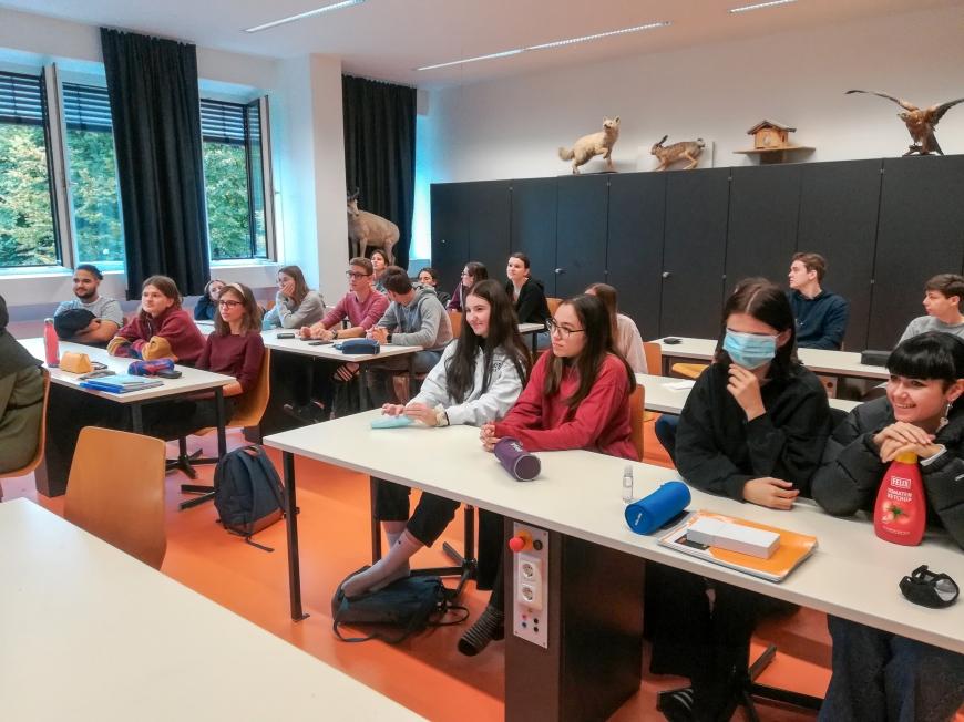 'Schülerin initiiert Projekt im BundesgymnasiumBlumenstraße in Bregenz'-Bild-2