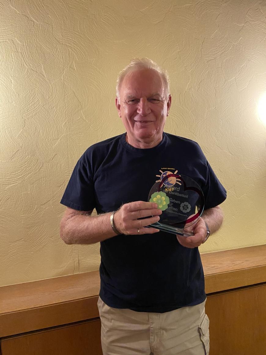 'Kooperationspartner spendet Geld nach Vereinsauflösung und erhielt den Award'-Bild-1