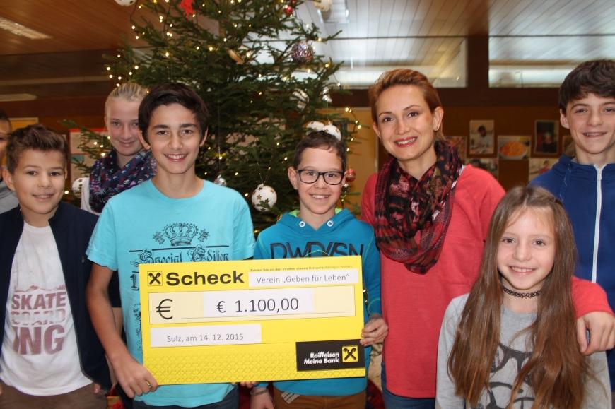 'Neue Mittelschule Sulz-Röthis spendet € 1.100,- nach Sponsorenlauf bei Erntedankfest'-Bild-1