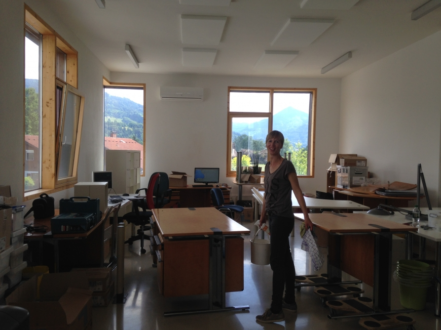 'illwerke vkw helfen durch Lehrlingsaktion bei Vereinsumzug'-Bild-3