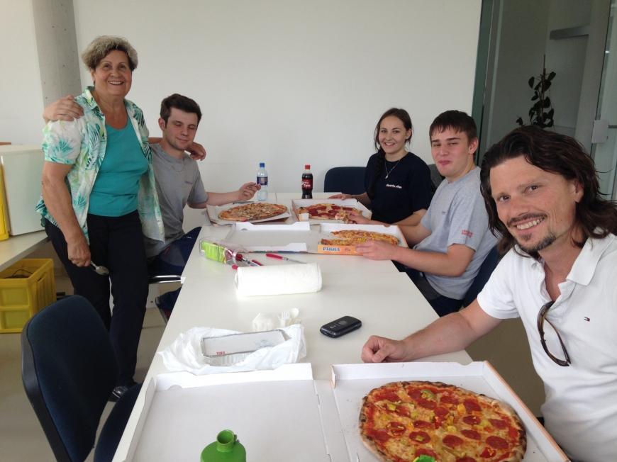'illwerke vkw helfen durch Lehrlingsaktion bei Vereinsumzug'-Bild-8