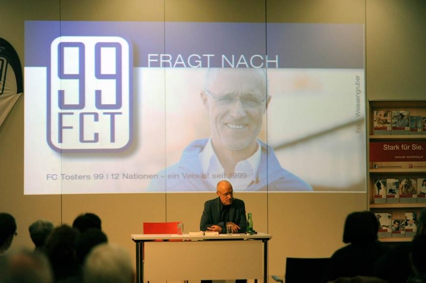 'Scheckübergabe FC Tosters 99 nach Toni Innauer-Lesung'-Bild-3