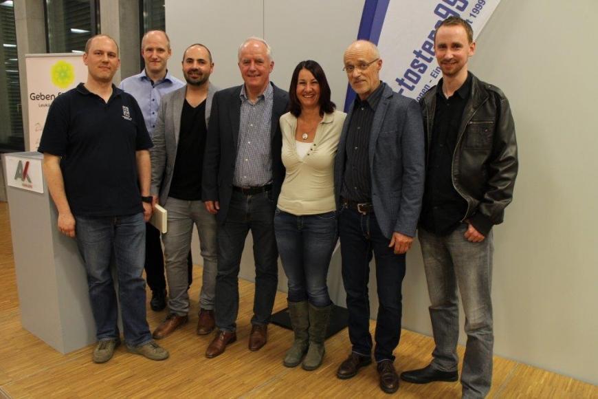 'Scheckübergabe FC Tosters 99 nach Toni Innauer-Lesung'-Bild-17