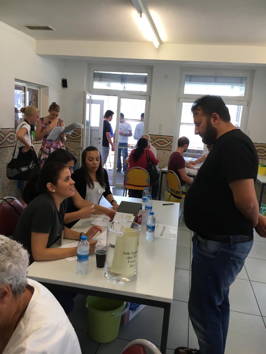 'Spontante Typisierungsaktion für Ünal im AIF in Feldkirch'-Bild-7