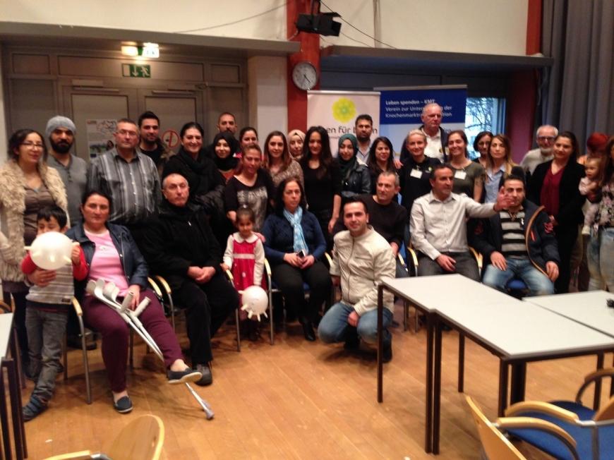 'Ganze Familie der betroffenen Zeynep hilft bei Typisierung in WIen'-Bild-4
