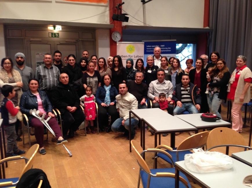 'Ganze Familie der betroffenen Zeynep hilft bei Typisierung in WIen'-Bild-7