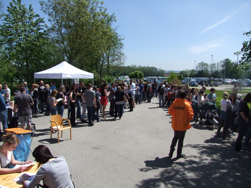 'Fantastische Aktion mit Promi-Beteiligung in Wels setzt die Latte für unsere Aktionen wieder hoch'-Bild-2