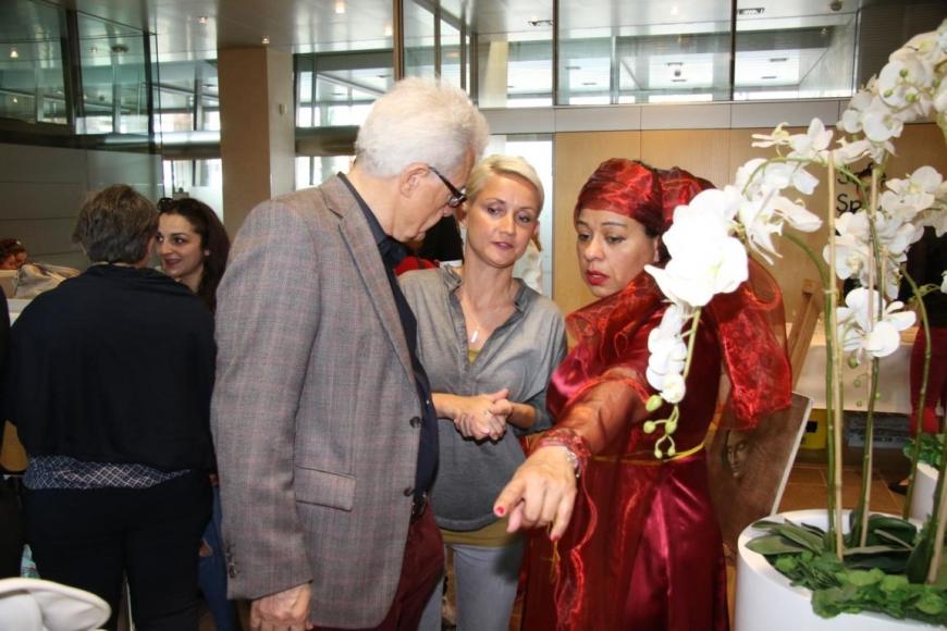 'Aktion mit Vorarlberger Künstlern in der Raiffeisenbank Bregenz ein toller Erfolg'-Bild-24
