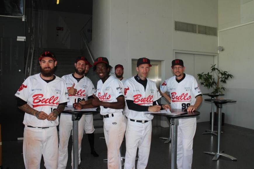 'Zusammenarbeit mit Baseballverein bringt 179 Typisierungen und eine tolle Spende'-Bild-1