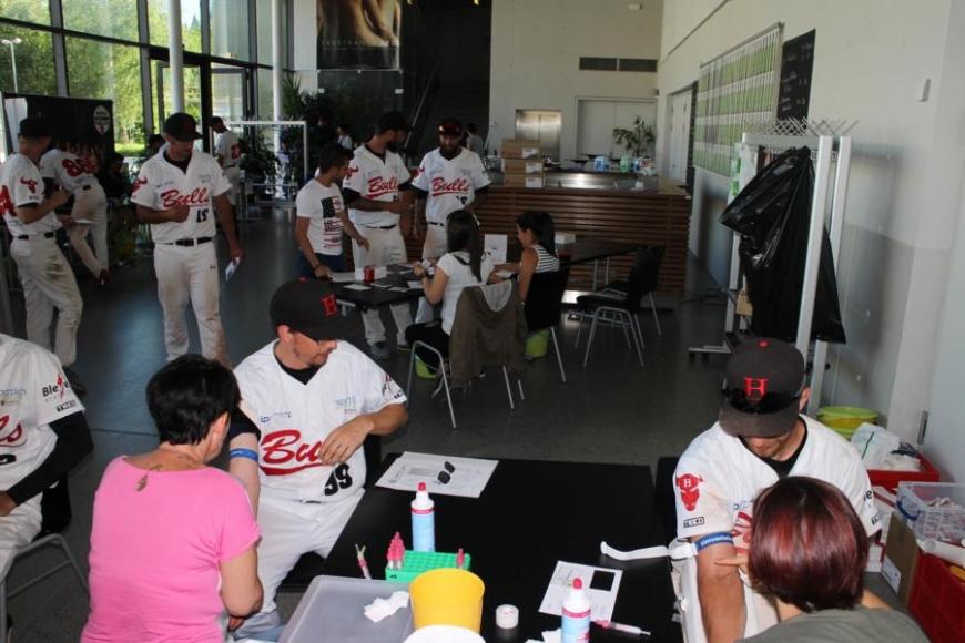 'Zusammenarbeit mit Baseballverein bringt 179 Typisierungen und eine tolle Spende'-Bild-3