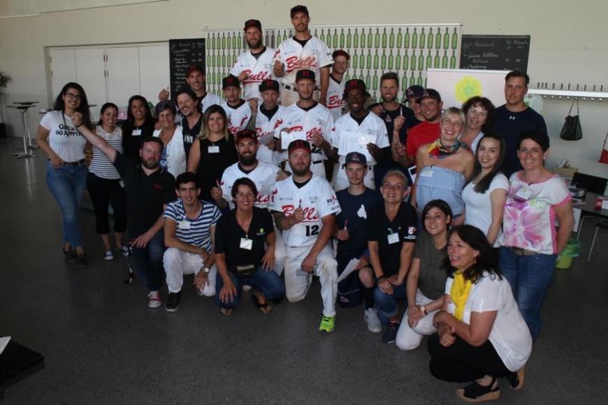 'Zusammenarbeit mit Baseballverein bringt 179 Typisierungen und eine tolle Spende'-Bild-13