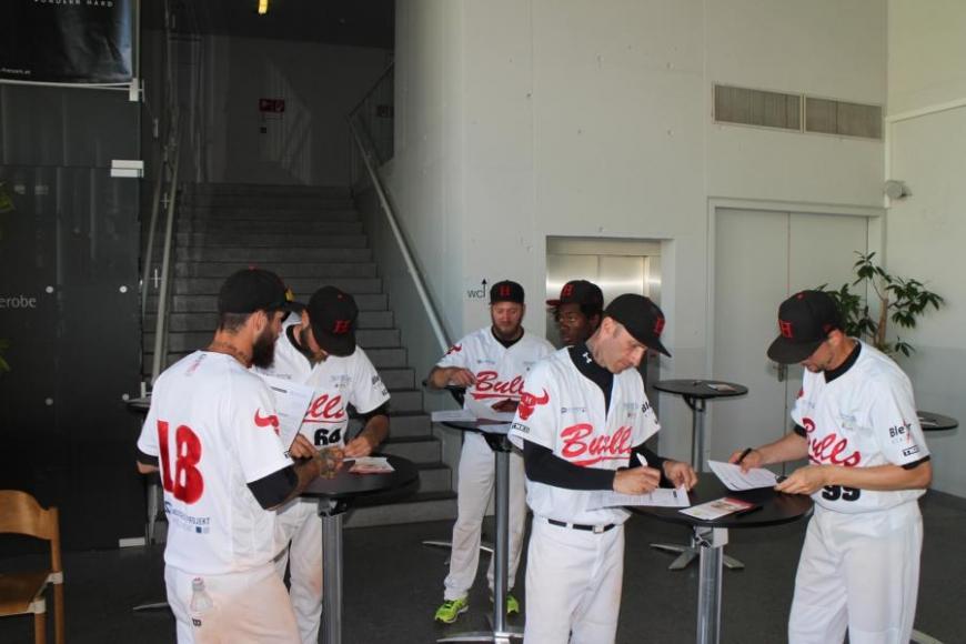 'Zusammenarbeit mit Baseballverein bringt 179 Typisierungen und eine tolle Spende'-Bild-23
