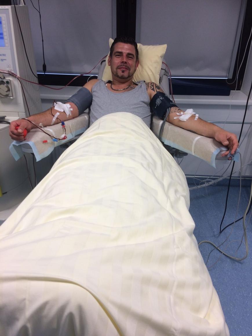 'Christopher hat seine gesunden Stammzellen bei AKB in München gespendet'-Bild-2