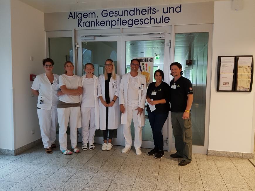 'Krankenhauspersonal ließ sich für erkrankten Mitarbeiter typisieren'-Bild-7