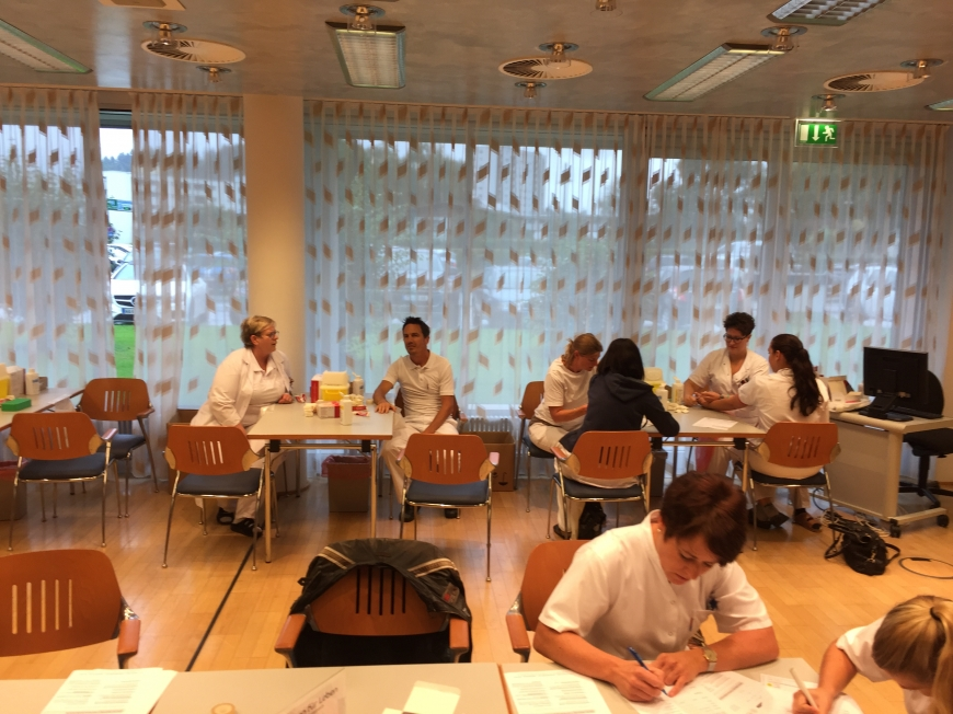 'Krankenhauspersonal ließ sich für erkrankten Mitarbeiter typisieren'-Bild-12