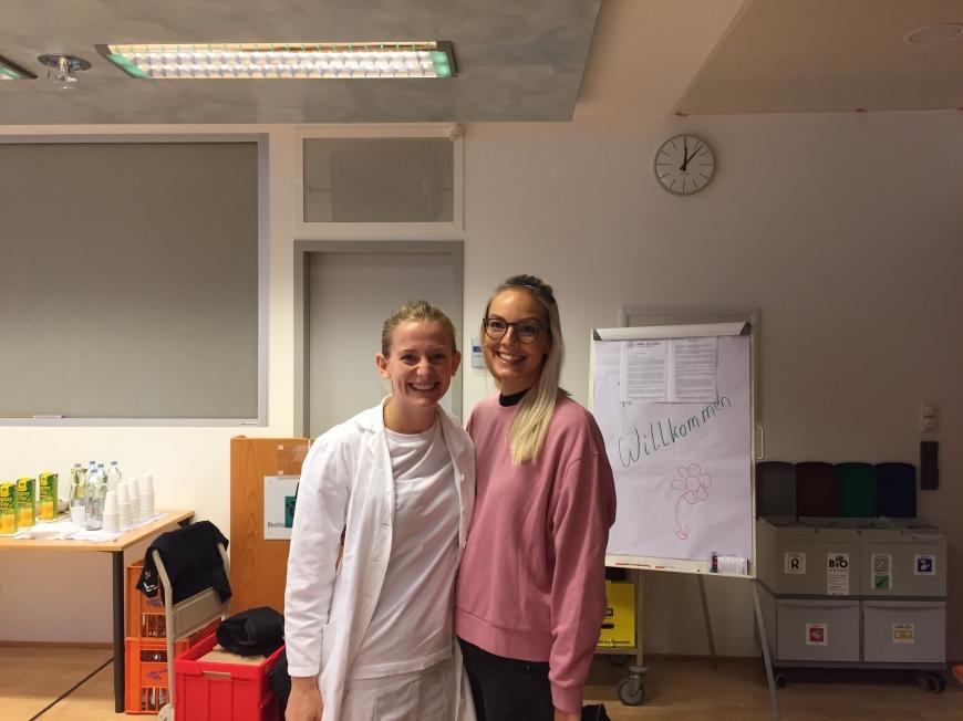 'Krankenhauspersonal ließ sich für erkrankten Mitarbeiter typisieren'-Bild-15