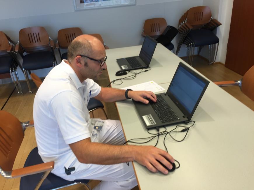'Krankenhauspersonal ließ sich für erkrankten Mitarbeiter typisieren'-Bild-16