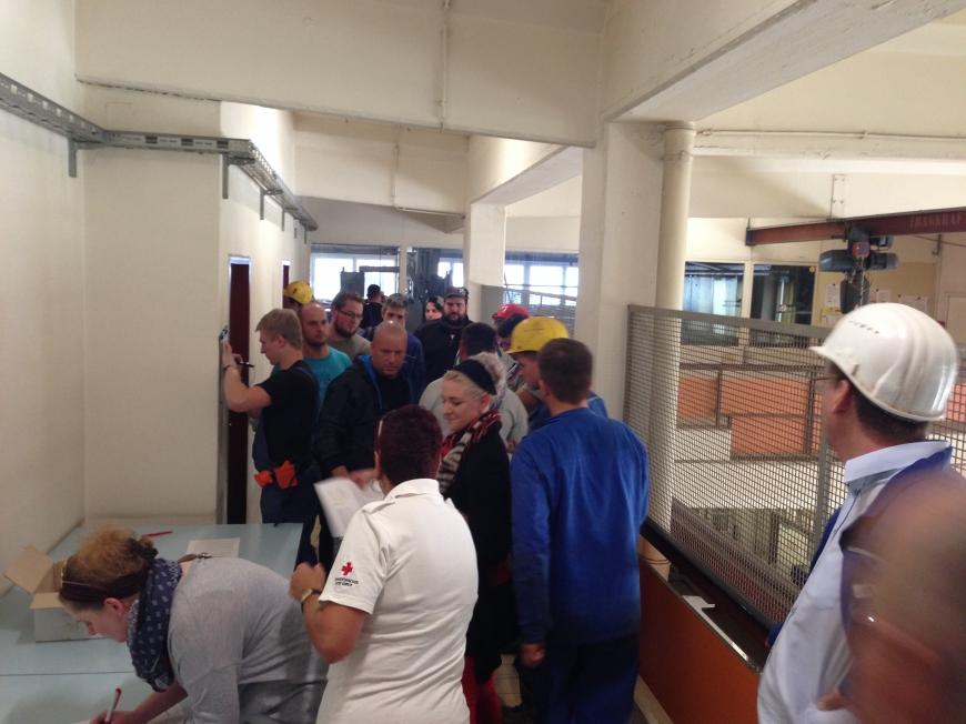 'RHI Konzern unterstützt seinen an Leukämie erkrankten Mitarbeiter durch Aktion'-Bild-12
