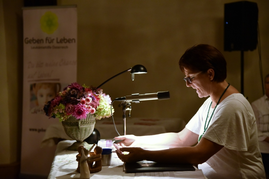 'Emotionale Lesung einer ehemals leukämiekranken Frau in Spittal an der Drau (Kärnten)'-Bild-15