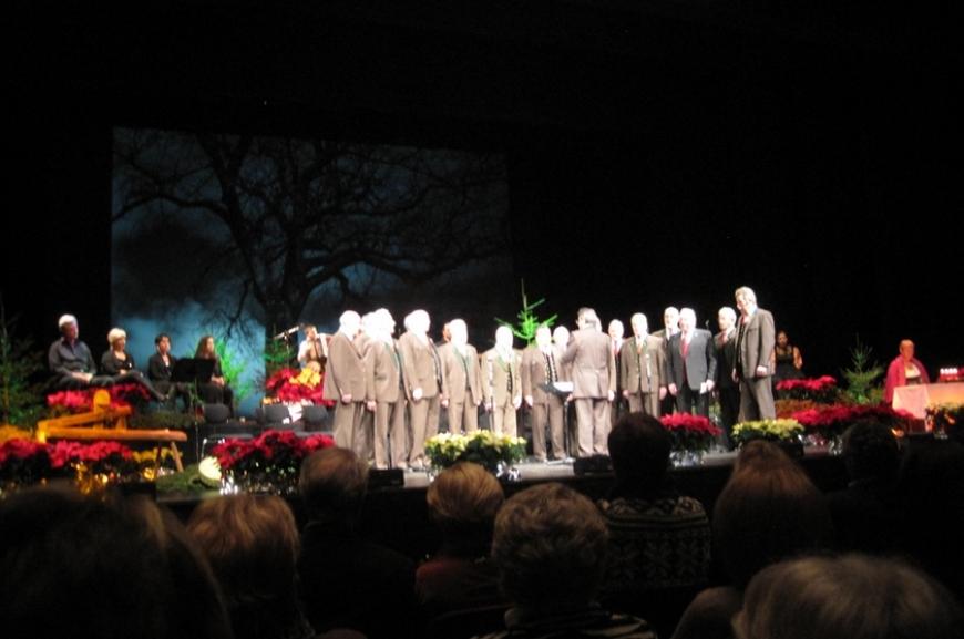 'Günthers Charity-Weihnachtskonzert 2011 - Helfen aus Passion!'-Bild-1
