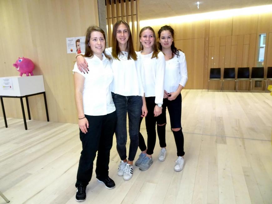 '99 Neutypisierungen und € 362,- an Spenden bei Maturaprojekt Marienberg'-Bild-25