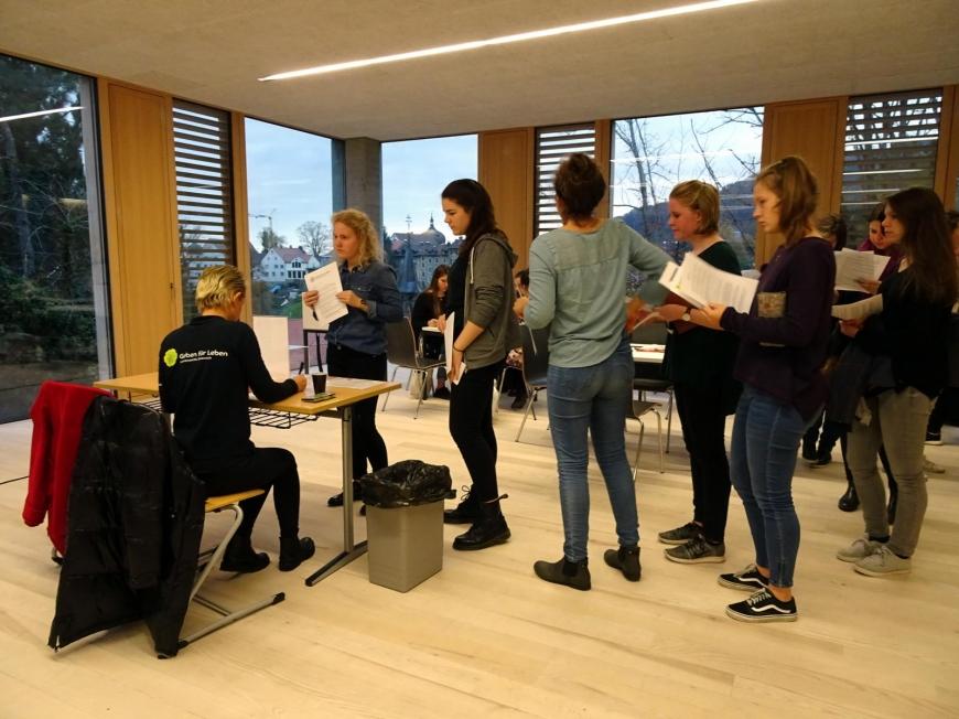 '99 Neutypisierungen und € 362,- an Spenden bei Maturaprojekt Marienberg'-Bild-40