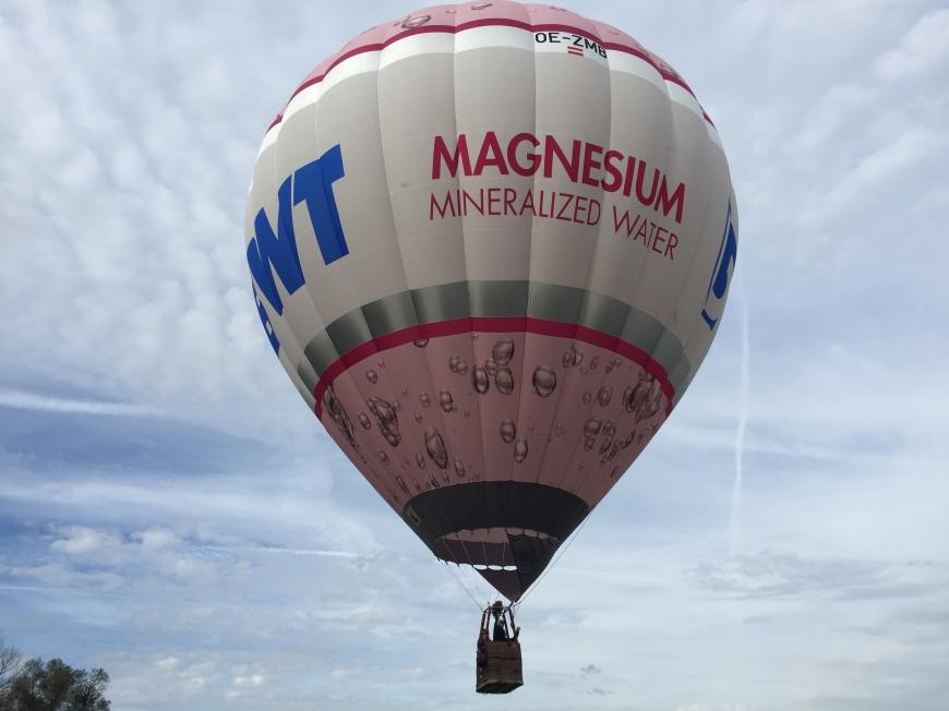 'Bei Firmenkonzert versteigerte Ballonfahrt bringt zusätzliche € 360,-'-Bild-1