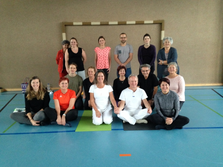 'Benefiz-Yoga in Lustenau bringt stolze € 550,- in unsere Spendenkassen'-Bild-1