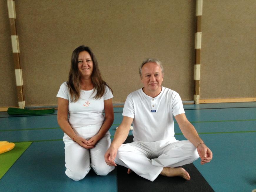 'Benefiz-Yoga in Lustenau bringt stolze € 550,- in unsere Spendenkassen'-Bild-3