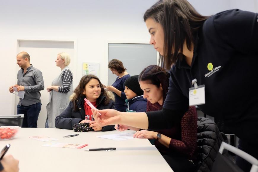 'In Mäder fand eine Firmentypisierung von 43 MitarbeiterInnen statt'-Bild-9