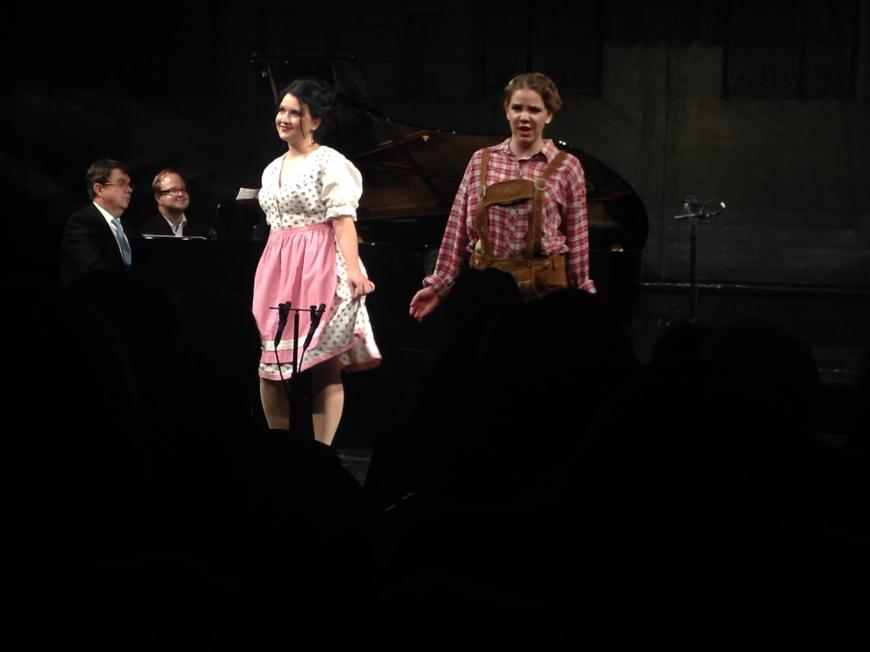 'Opernfreunde mit sozialem Engagement helfen uns dabei, weitere Leben zu retten'-Bild-9