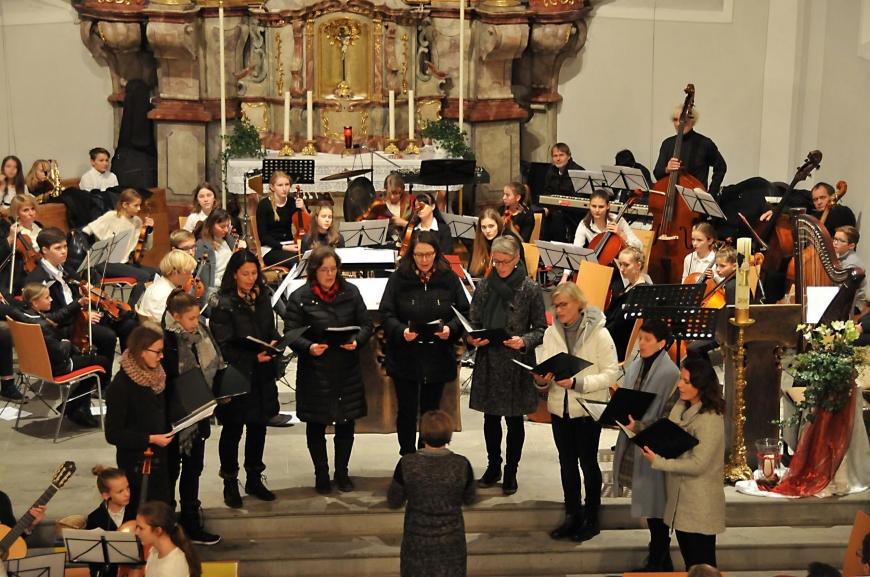 'Traditionelles Adventskonzert in Langenegg mit tollem Ergebnis'-Bild-7
