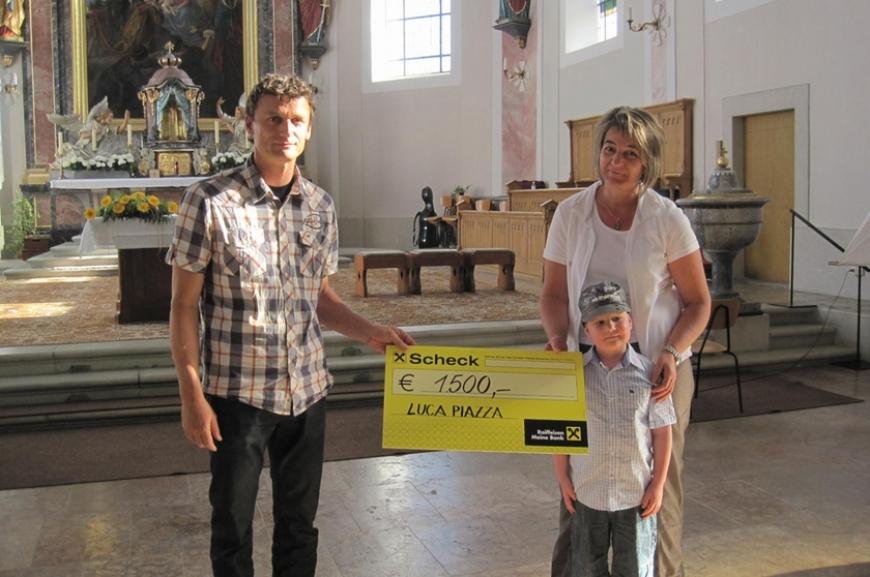 'Hittisauer Firmlinge unterstützen Verein'-Bild-2
