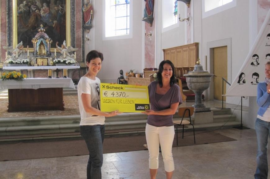 'Hittisauer Firmlinge unterstützen Verein'-Bild-5