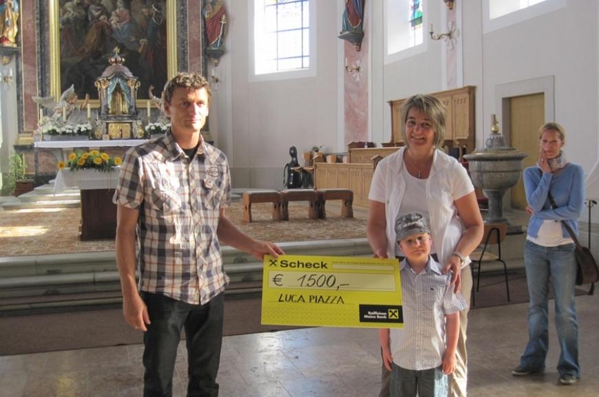 'Hittisauer Firmlinge unterstützen Verein'-Bild-6