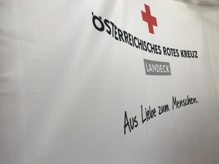 'Wunderschöne Aktion mit toller Zusammenarbeit mit engagierten Mitarbeitern des Roten Kreuzes'-Bild-9