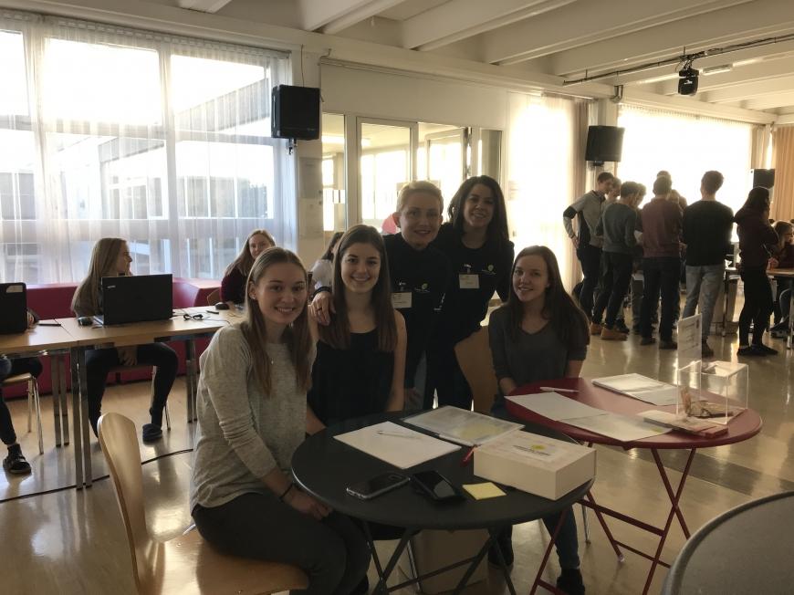 'Schülerinnen führten erfolgreich Typisierungsaktion für Diplomarbeit durch'-Bild-13